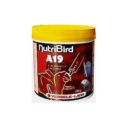 NutriBird A15 allevamento a mano psittacidi